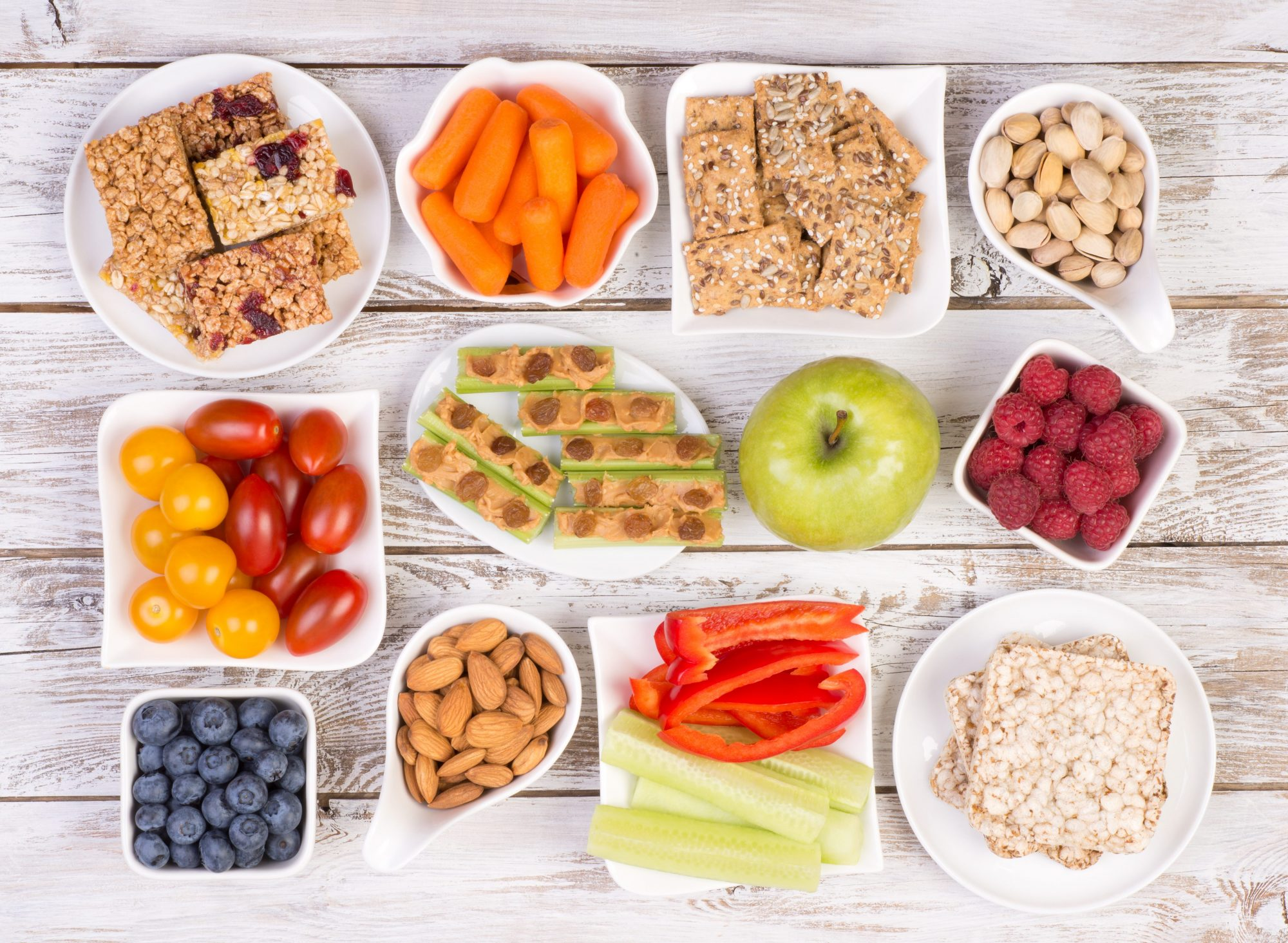 10 Tips to Healthy and Simple Snacks for Kids and Adults